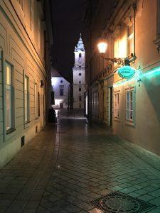 Casco Antiguo Bratislava de noche