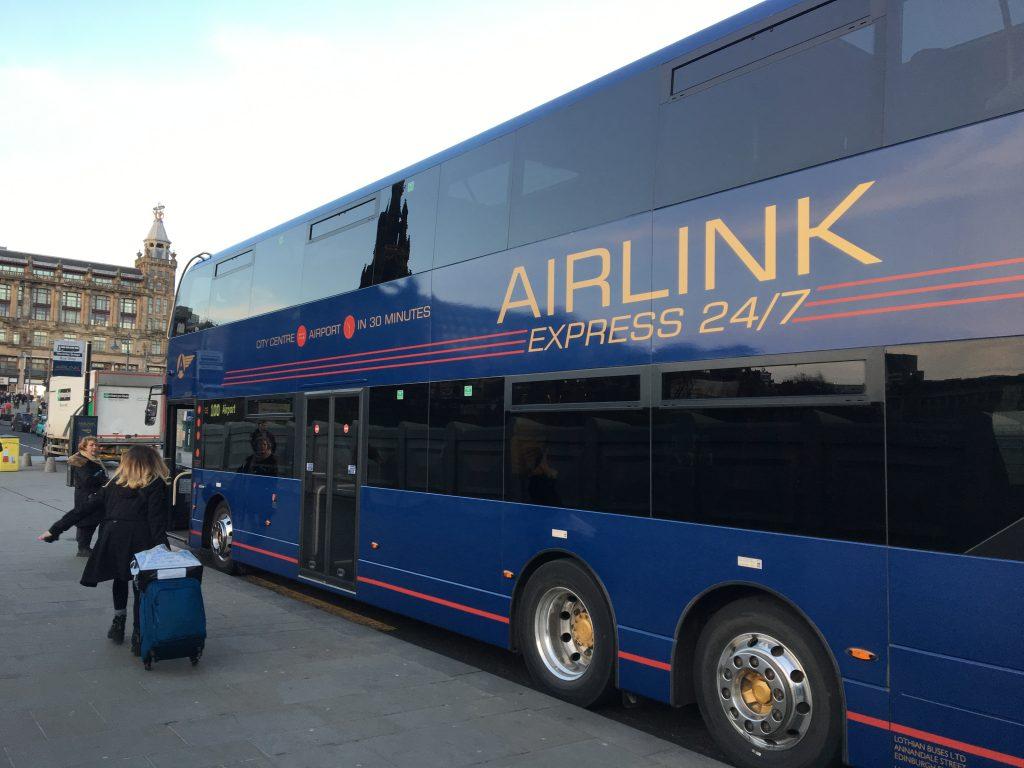 Cómo ir al aeropuerto de Edimburgo