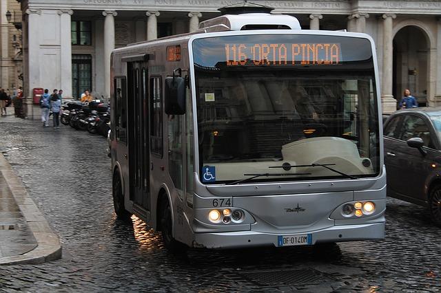 Cómo moverse por Roma en Bus